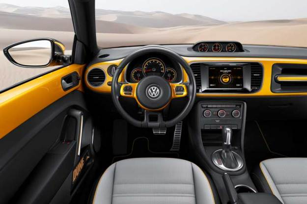 Volkswagen-Bettle-Dune-Interior-Wheel