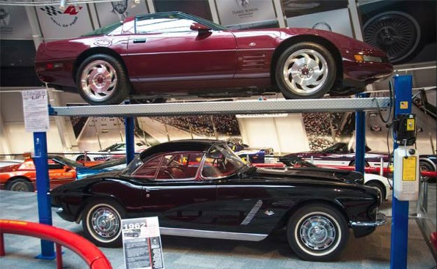 1993-40th-Anniversary-&-1962-Corvette