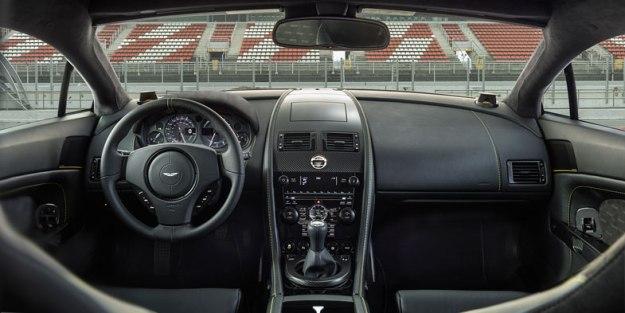 Aston-Martin-V8-Vantage-GT-Interior-(2)