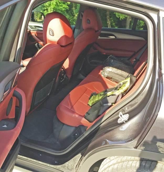 BMW-X4-xDrive-30i-RInt