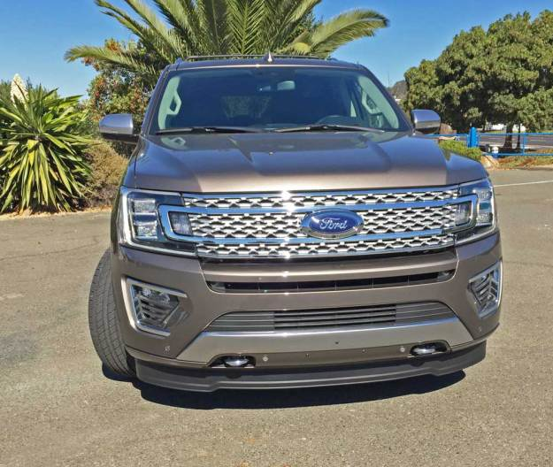 Ford-Expedition-Platinum-Nose