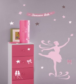 http://www.wallsweethome.fr/fr/stickers-enfant/stickers-ado/stickers-ado-danseuse-etoile-et-ballerines/