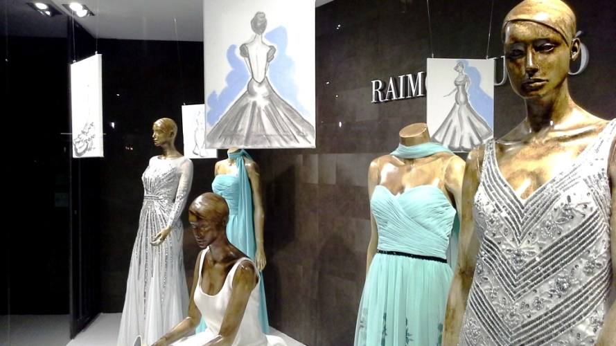 RAIMON BUNDÓ NOVIAS ESCAPARATE DIAGONAL #escaparatelover #aparadorlover #window #wedding (15)