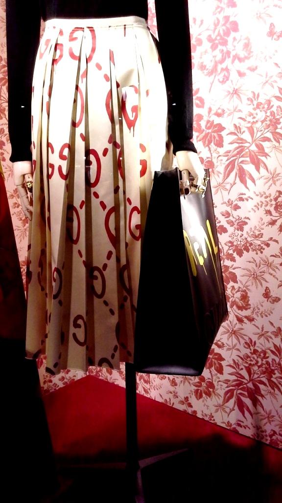 gucci-escaparate-barcelona-paseo-de-gracia-fashion-trend-teviac-aparador-iger-14
