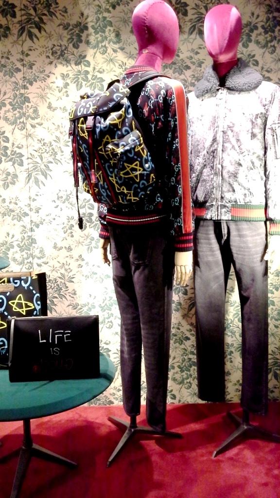 gucci-escaparate-barcelona-paseo-de-gracia-fashion-trend-teviac-aparador-iger-16