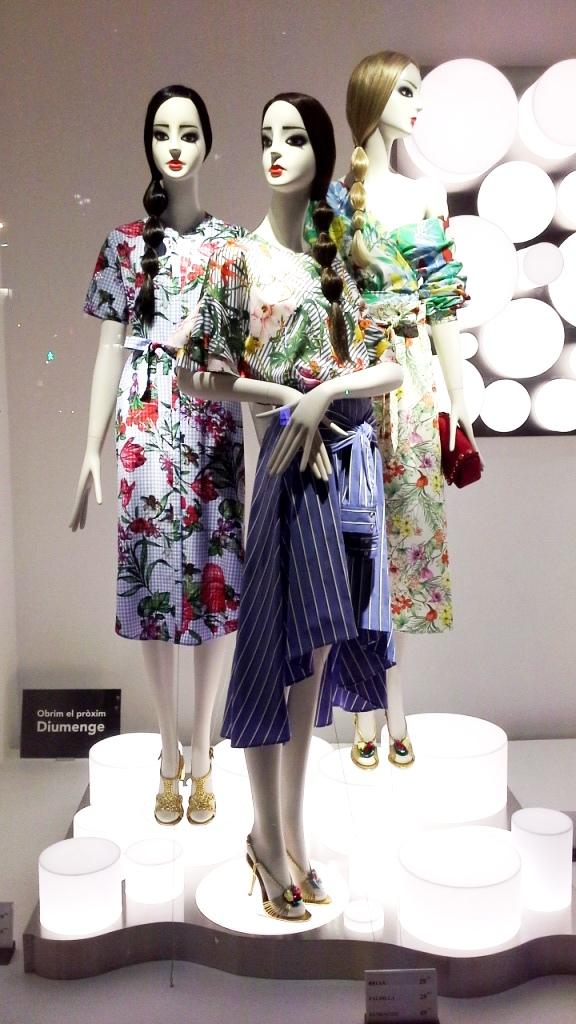 #zaraescaparate #inditex #escaparatebarcelona #escaparatismobarcelona #fashionista #moda #escaparatelover (1)