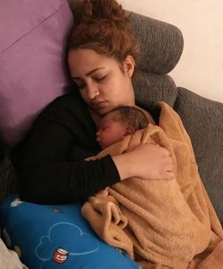 Brand new mom Hanan Tarik enjoying motherhood