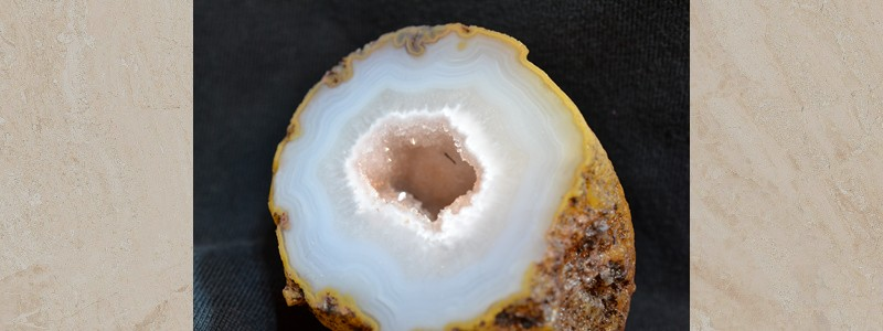Carver Geode with New Mystery