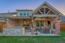 Updated Outdoor Living Area And Kitchen In Allen - Texas