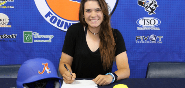 AC Softball's Murdock Signs with Texas Lutheran University