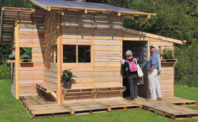 This Tiny House Is Made Using Only Wood Pallets