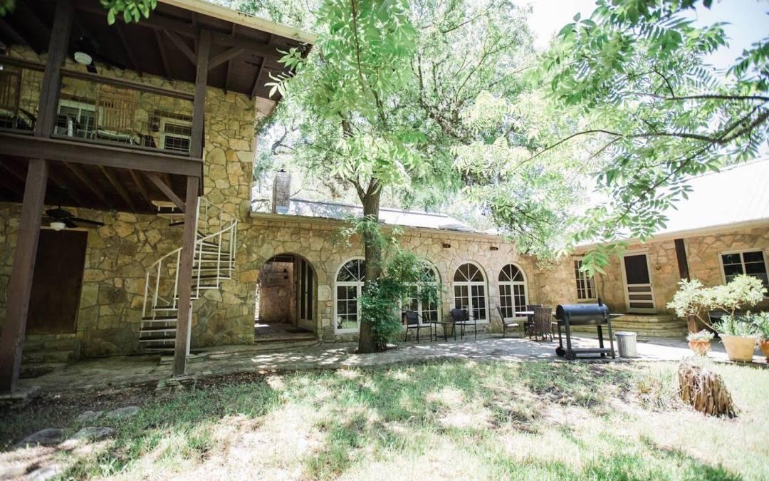 Red Corral Ranch – Limestone Lodge