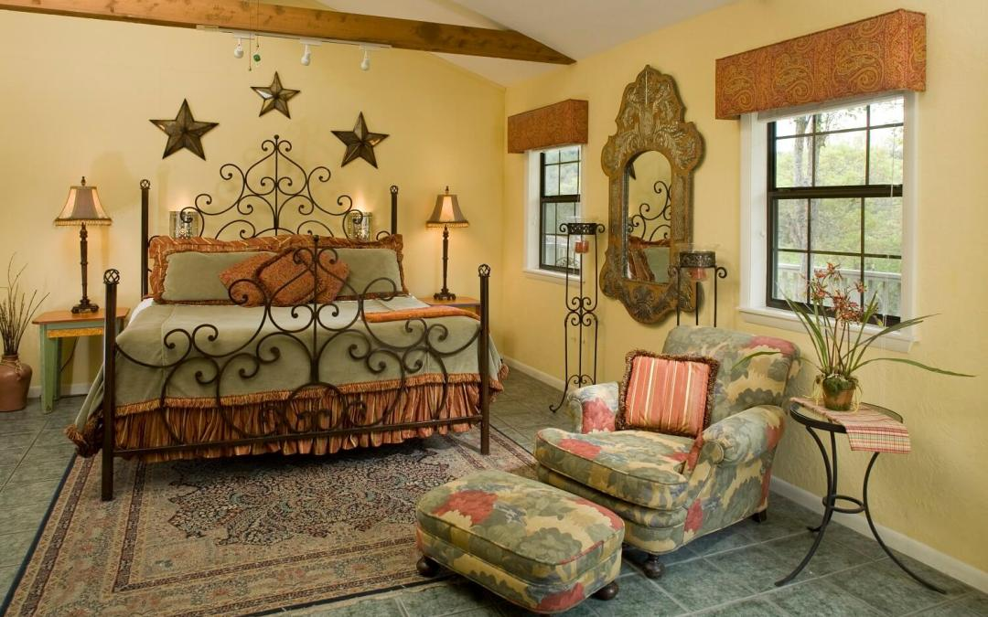 Blair House Inn – The Laredo Suite