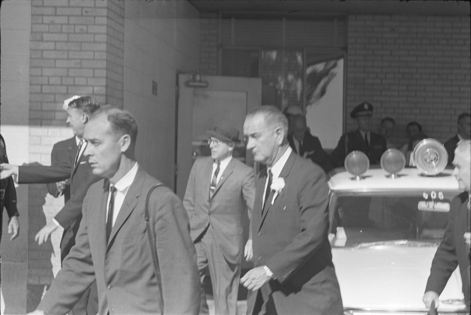Lyndon B Johnson leaving Parkland Hospital  The Portal