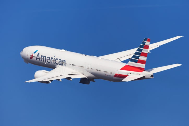American Airlines Boeing 777-200ER Banking