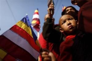 Buddhists protest against Prachanda