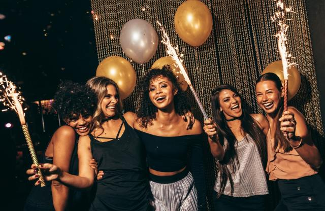 Single Girl's Guide To New Year's Eve