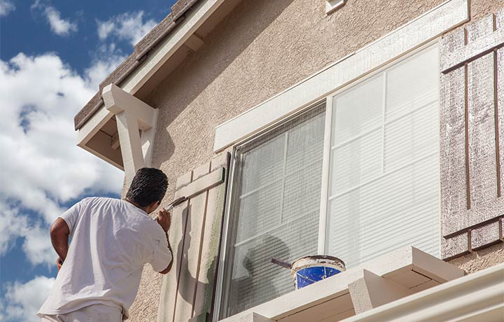 Should You Paint Your Home Before You Sell It?