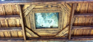 Knotty Pine Buckle Frame