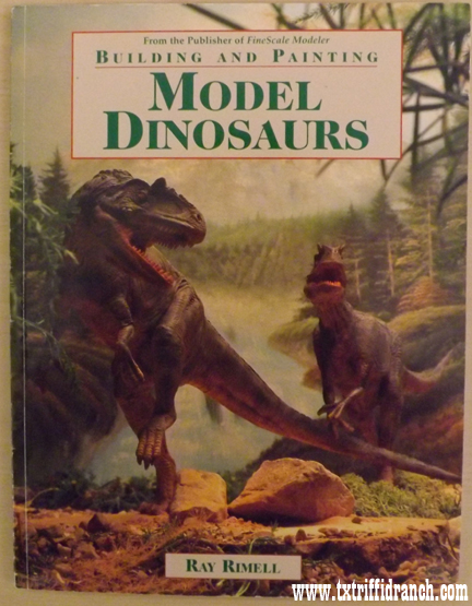 Building and Painting Model Dinosaurs by Ray Rimell