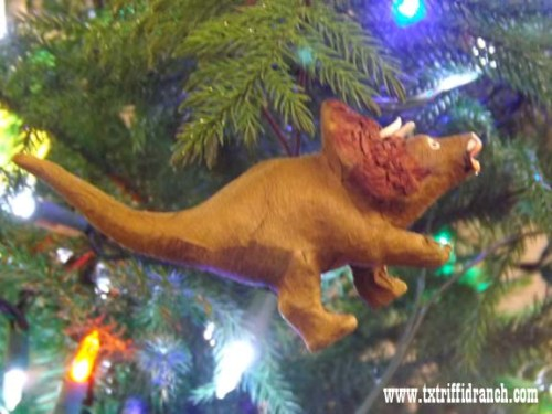 triceratops_ornament