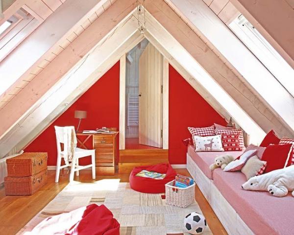 Αξιολάτρευτο κόκκινο παιδικό δωμάτιο