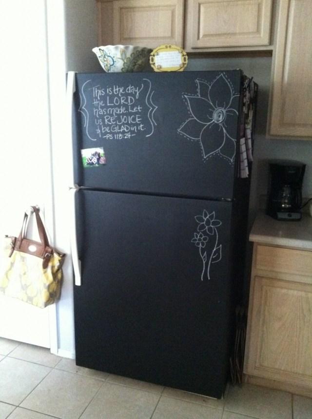 Βαφή Μαυροπίνακα στο ψυγείο σας3