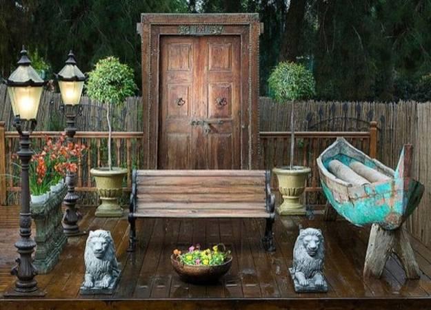 Ιδέες με ανακύκλωση παλιών ξύλινων πορτών και παραθύρων11