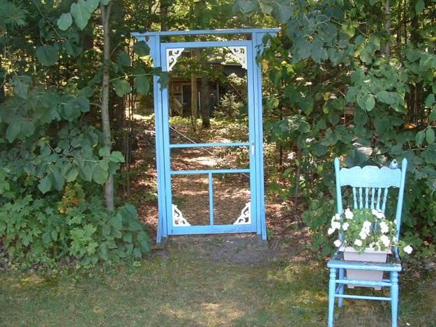 Ιδέες με ανακύκλωση παλιών ξύλινων πορτών και παραθύρων7