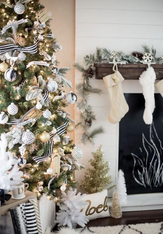 χρυσάφι Και Λευκές Χριστουγεννιάτικες Ιδέες1