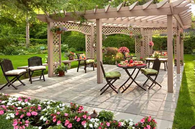Beautiful Backyard Designs