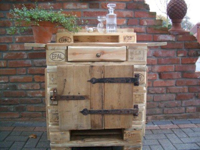 Ιδέες με ξύλινες παλέτες106