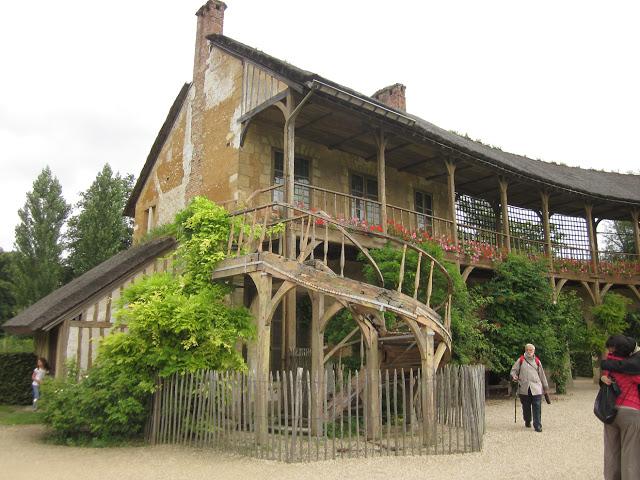 Παραμυθένιο μικρό χωριουδάκι Μαρία Αντουανέτα14