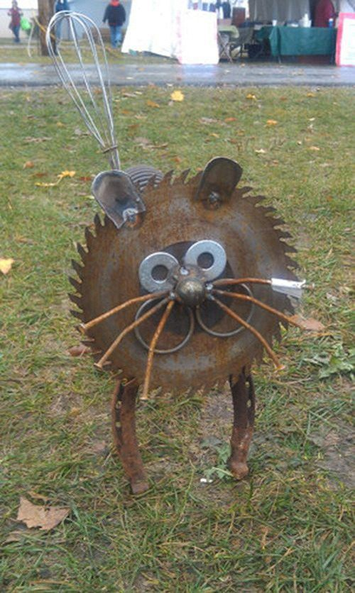 παλιά εργαλεία σε διακοσμητικά κήπου2