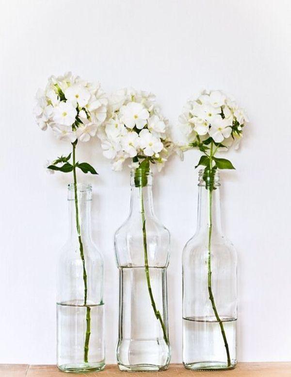 Διακοσμήστε με γυάλινα μπουκάλια και λουλούδια2