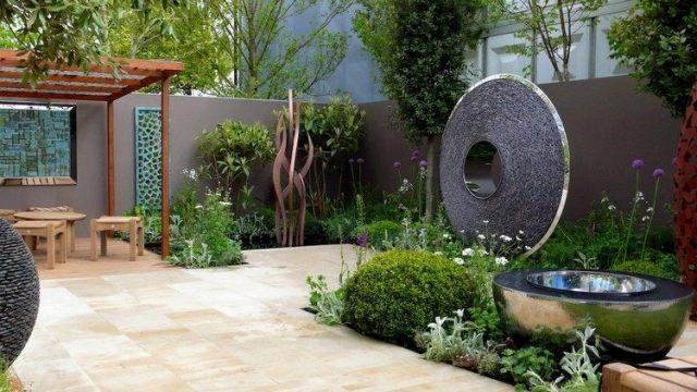 Μοντέρνα γλυπτική κήπου1