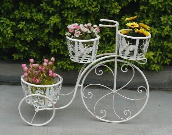Ιδέες για γλάστρες με παλιά ποδήλατα3