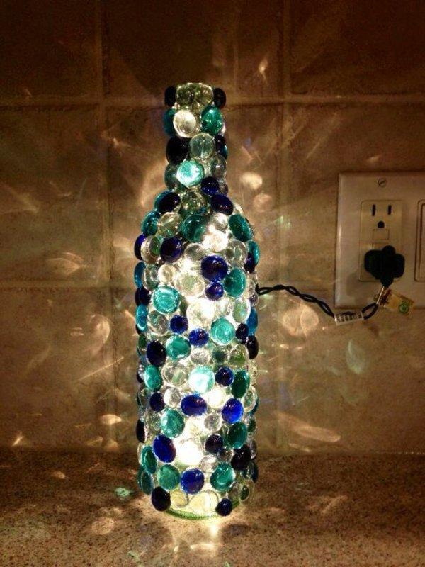 παλιά γυάλινα μπουκάλια σε απίθανα φωτιστικά6