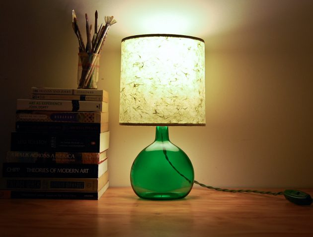 παλιά γυάλινα μπουκάλια σε απίθανα φωτιστικά8
