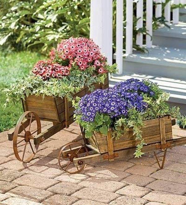 ξύλινα καρότσια κήπου1