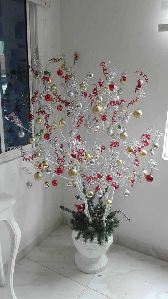 Χριστουγεννιάτικο δέντρο από κλαδιά14