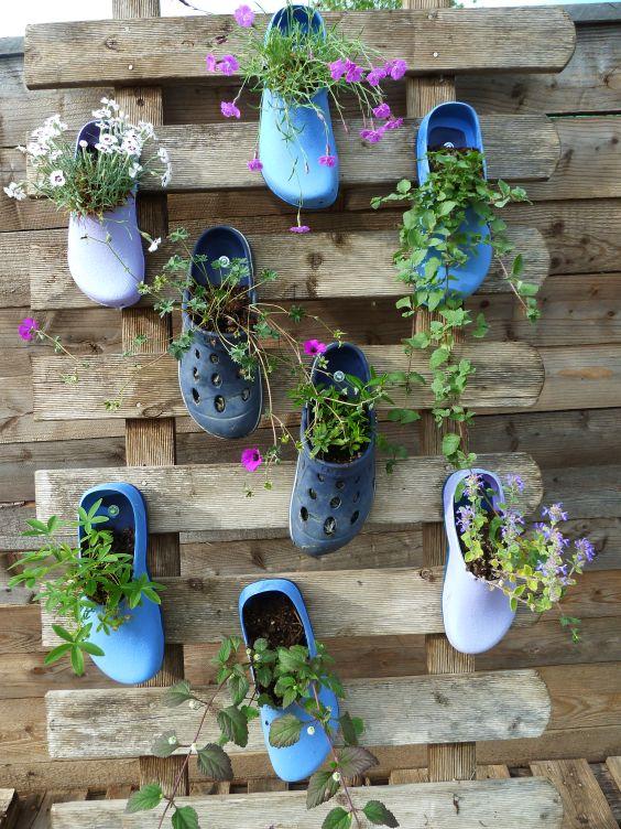 γλαστρες από παλιά παπούτσια8
