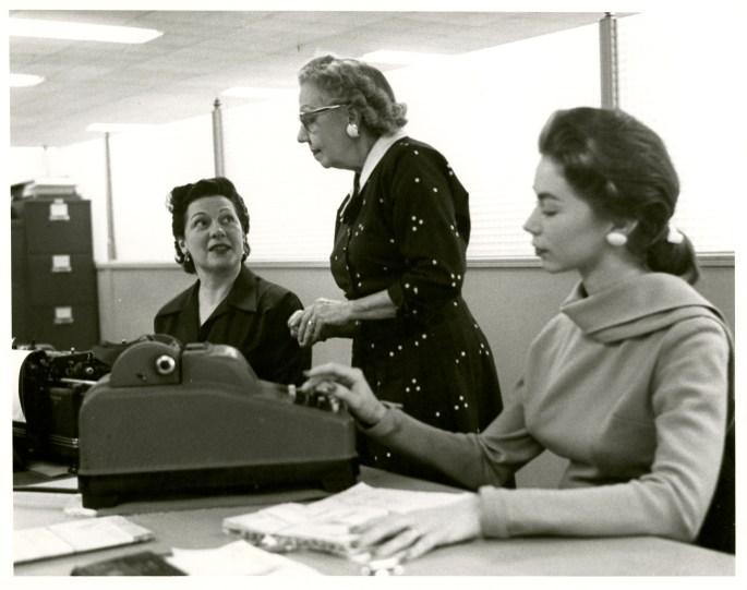 officeworker-may58-001.jpg