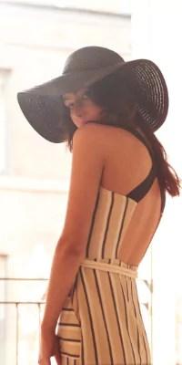 chapeau défilé mode