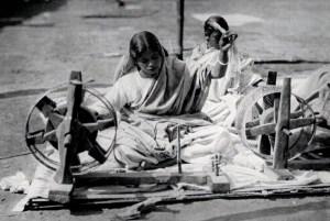 indian women using spinning wheel