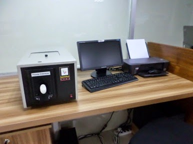spectrophotometer important testing equipments for dyeing lab