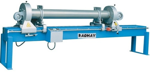End ring gluing machine