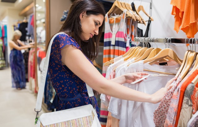 indian young generation like shopping