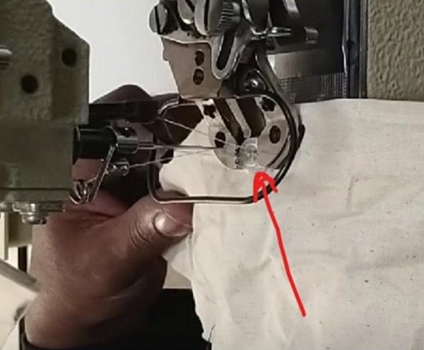 stitch of Button attaching sewing machine