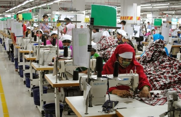 line layout in garment industry